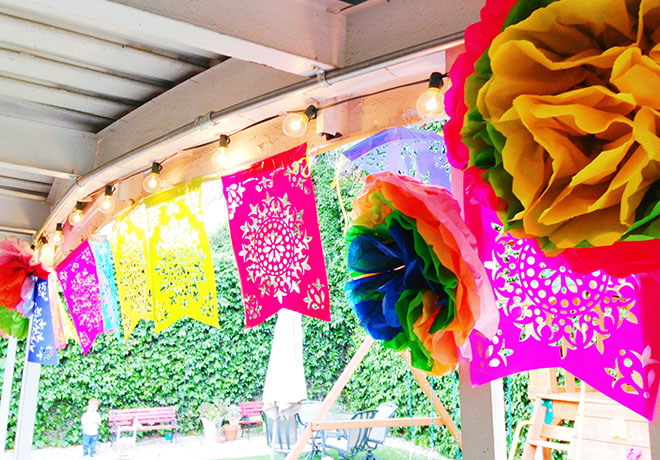 35-Birthday-Cinco-de-Mayo-porch-decor